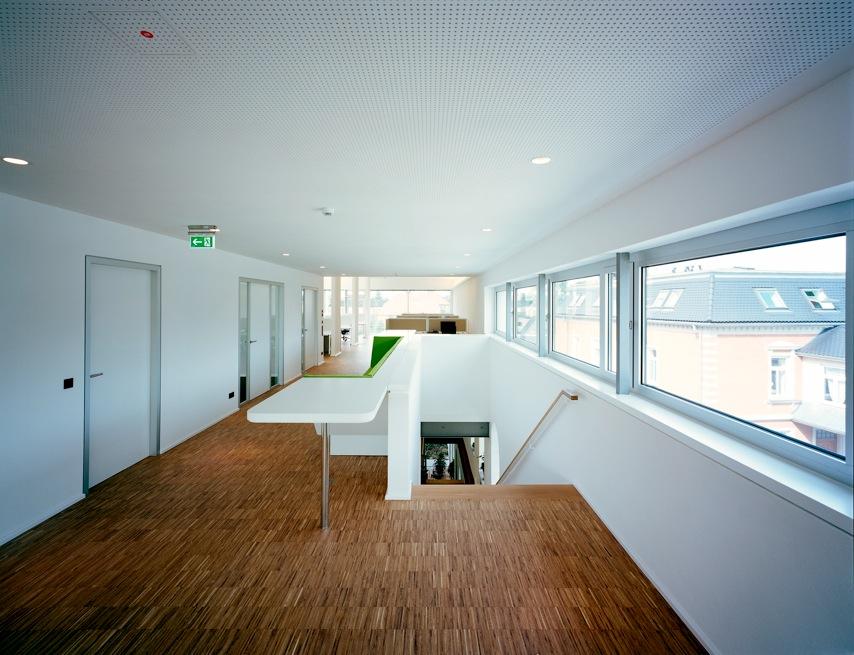 TimeLine Financials Gebäude Innenansicht1